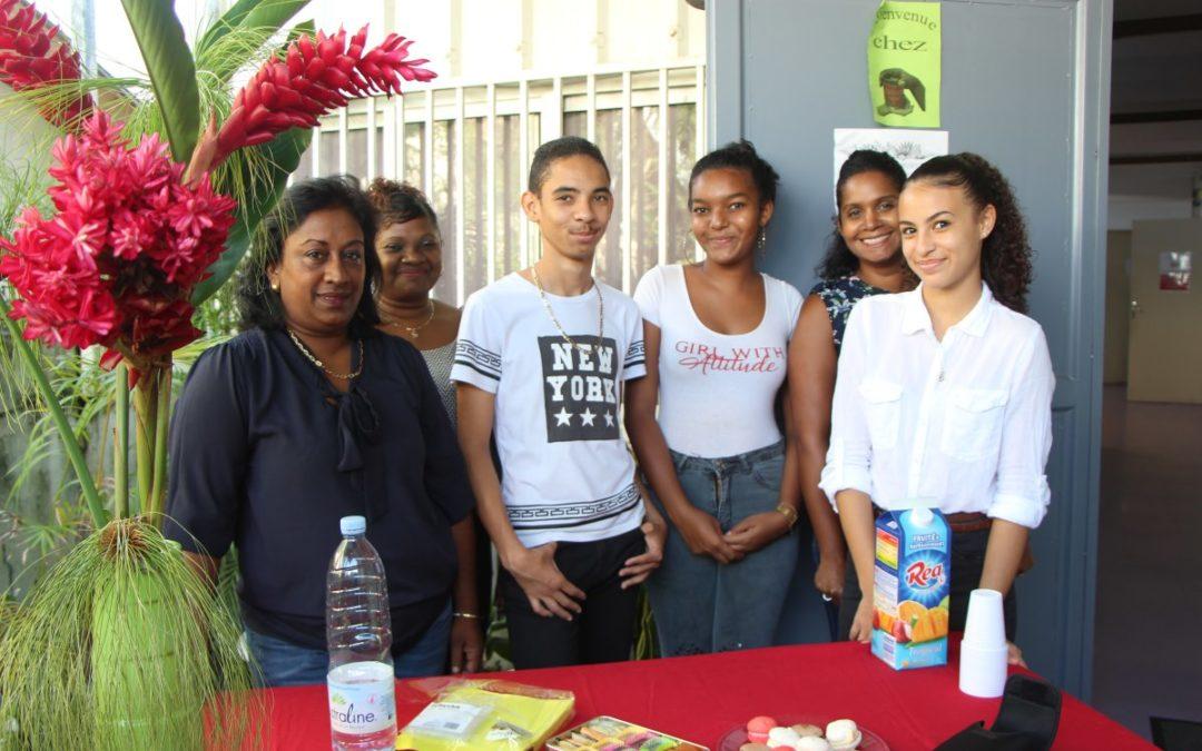 Des collégiens solidaires à l'Épicerie Sociale les 4 épices.